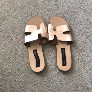 Steve Madden Greece Sandals